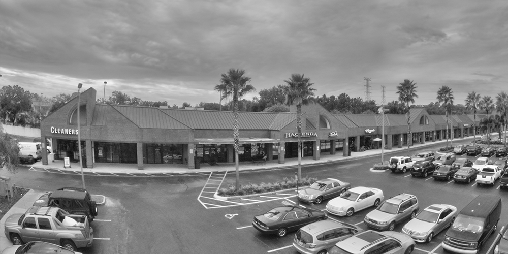 Lease retail space in Clearwater